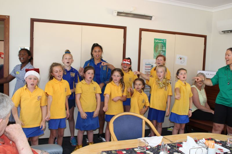 Springhaven Choir Visit